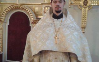 В день Рождества Христова, настоятель храма удостоен права ношения наперсного креста